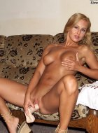 Hot juicy blonde babe with natural tits rams dildo