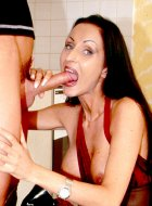 Horny housewife fucked hard by lucky delivery boy